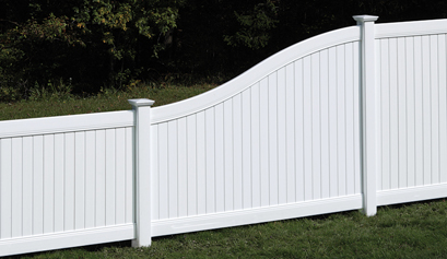 New Lexington Vinyl Fencing with S Curve